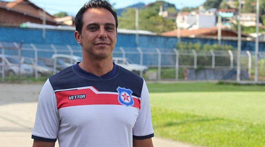 Gustavo Pergentino:'O primeiro objetivo é manter o time principal pronto para qualquer situação'